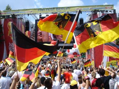 wo spielt deutschland heute